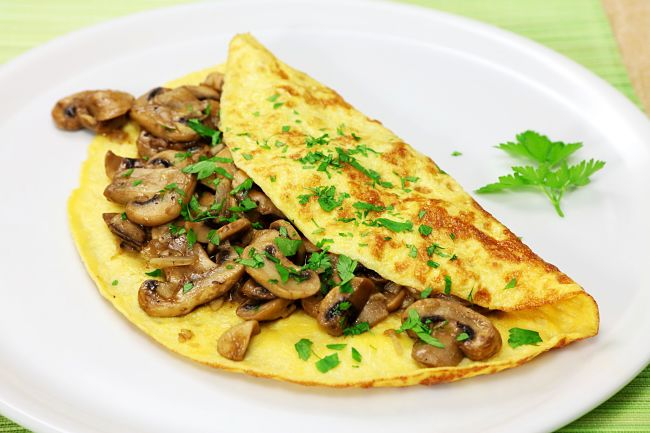 Discover the secrets of making perfect omelets with delightful fillings